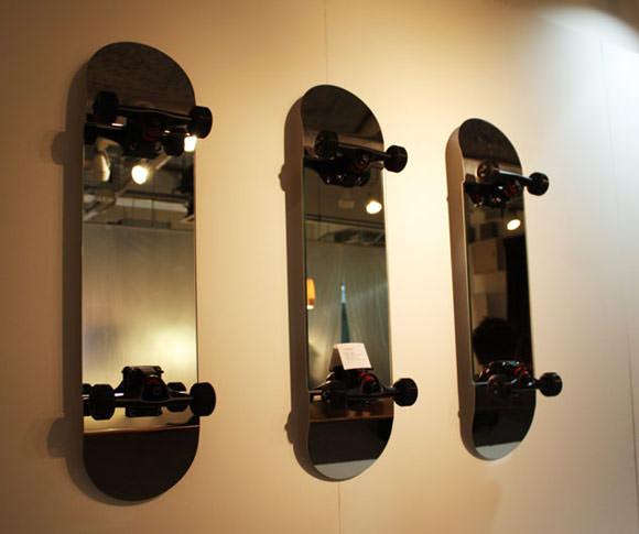スケートミラー (スケボー型鏡)