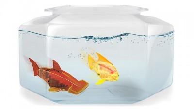 リアルな泳ぎのかわいい魚ロボット、Aquabot