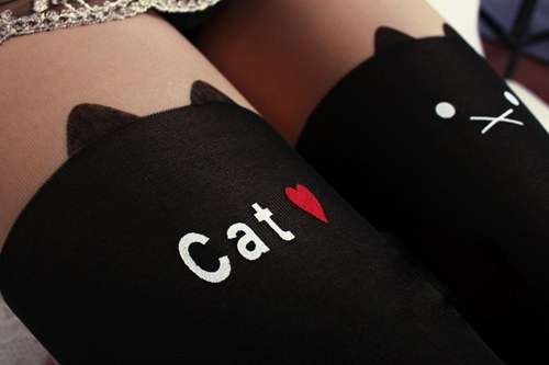 猫柄タイツ(近くから)